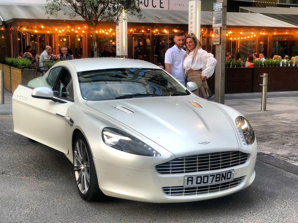 Travel Prestige Aston Martin Rapide